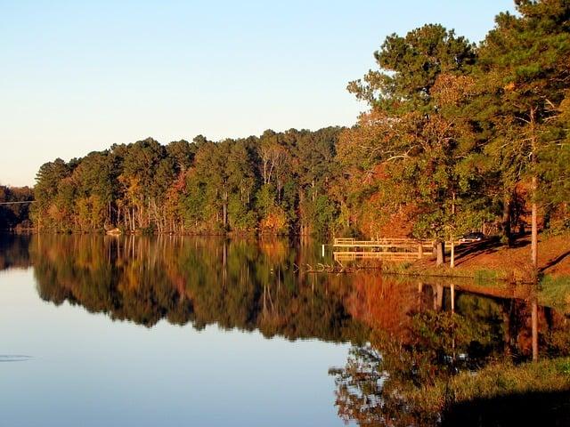 lake-65443_640